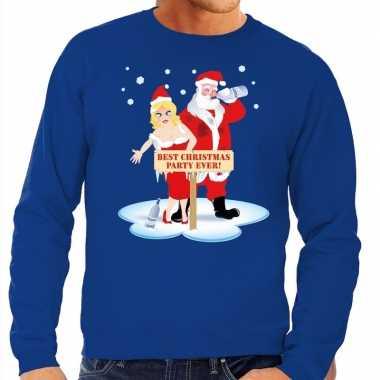 Goedkope foute kersttrui dronken kerstman en kerstvrouw blauw heren