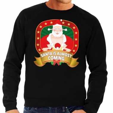 Goedkope foute kersttrui zwart santa is almost coming voor heren